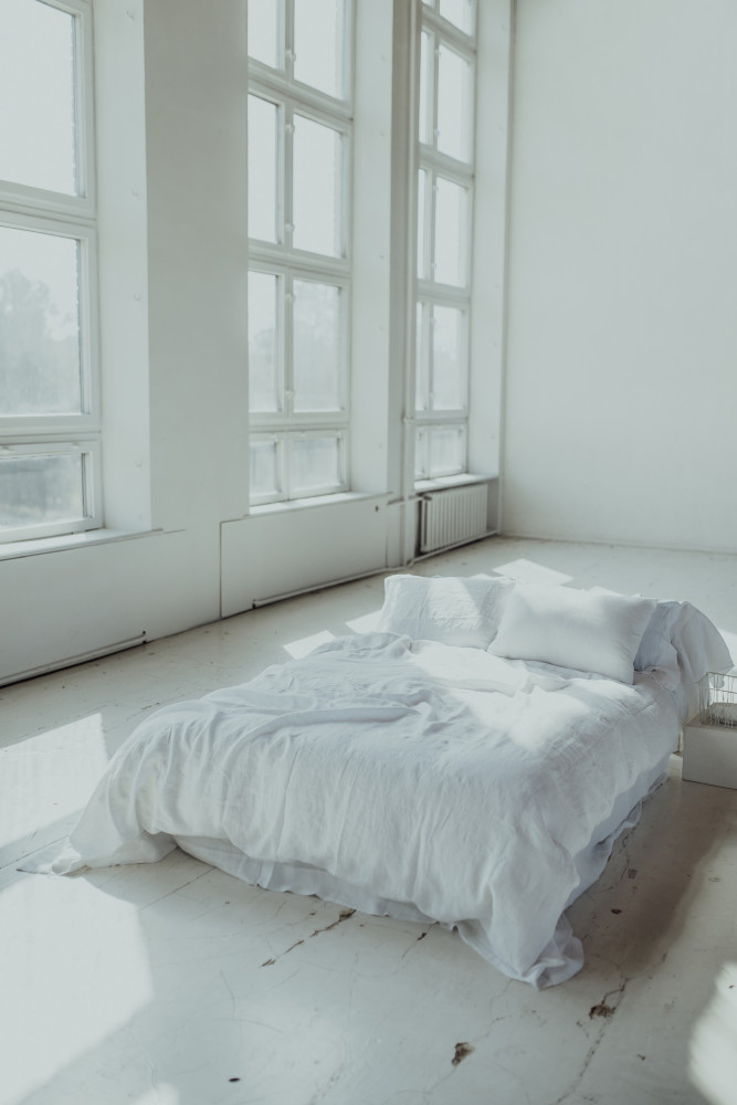 riija-pure-white1