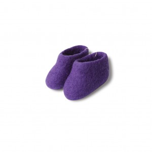 Felt booties - purple