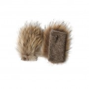 Fingerless mittens with fur