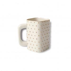 J.Podzinna-golden-l-mug