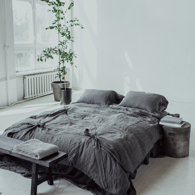 riija-bante-gray1