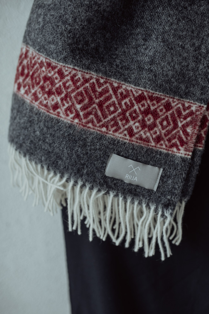 wool-shawl-riija