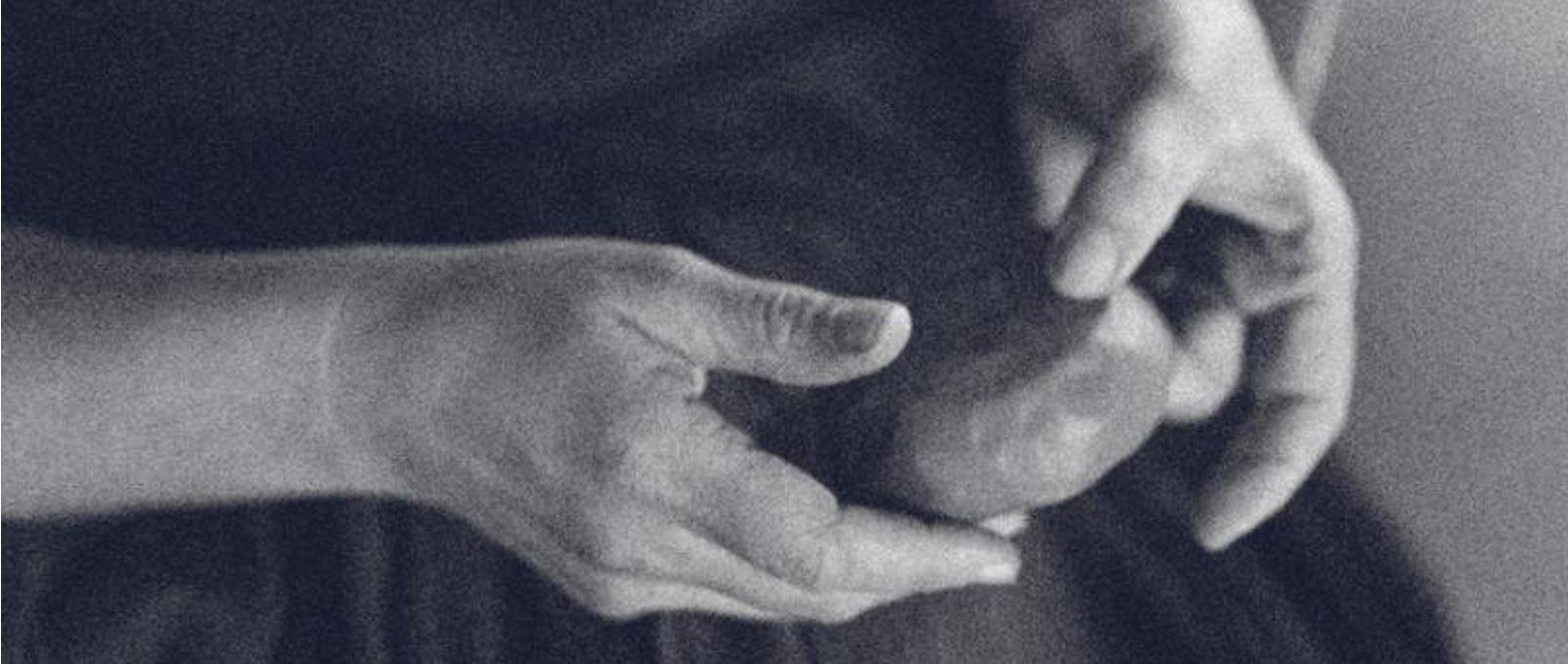 RIIJA-hands